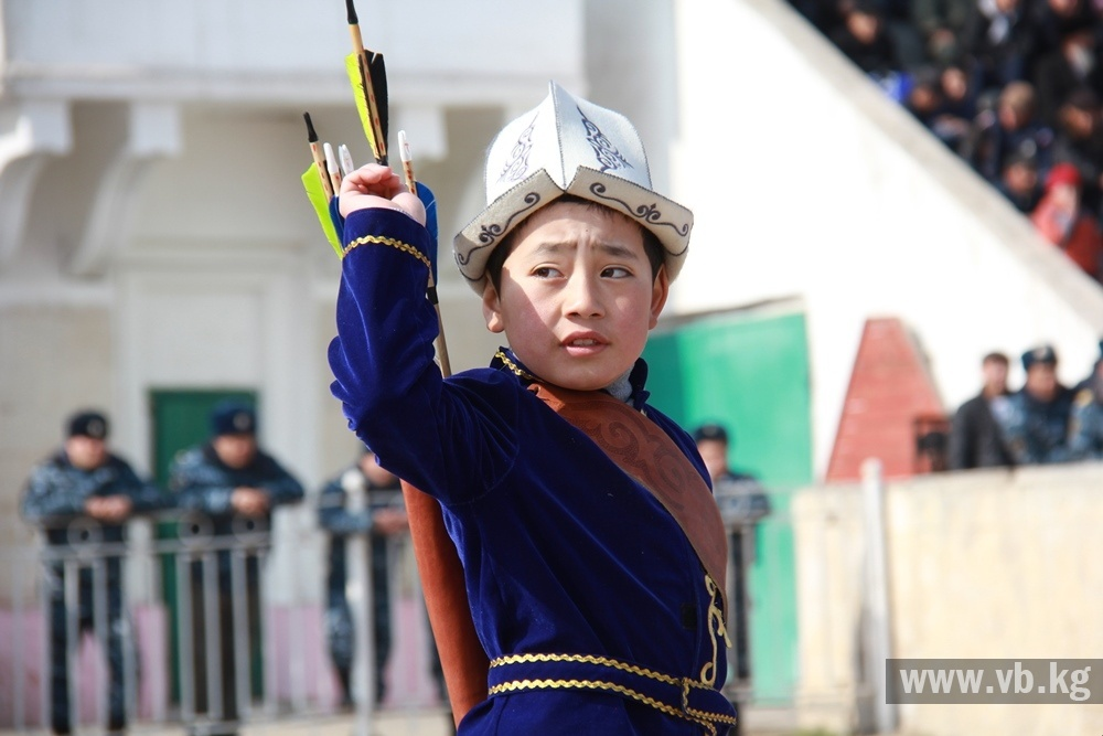 В Бишкеке определили чемпионов по верховой стрельбе из лука