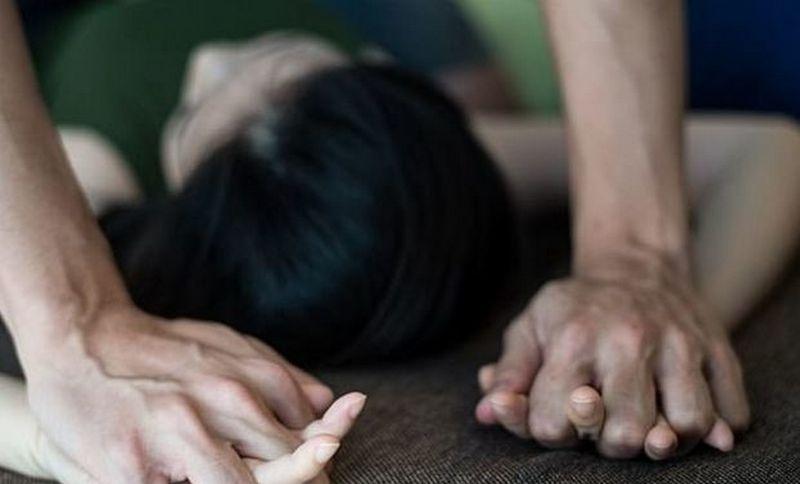 Порно папа трахнул дочь 10 лет