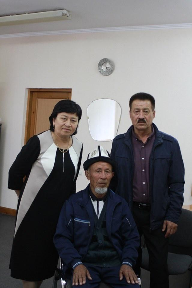 Найдены смертные медальоны 4 солдат из Кыргызстана