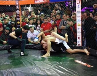 Кыргызстанцы заявили о себе на  международном турнире ММА в Москве