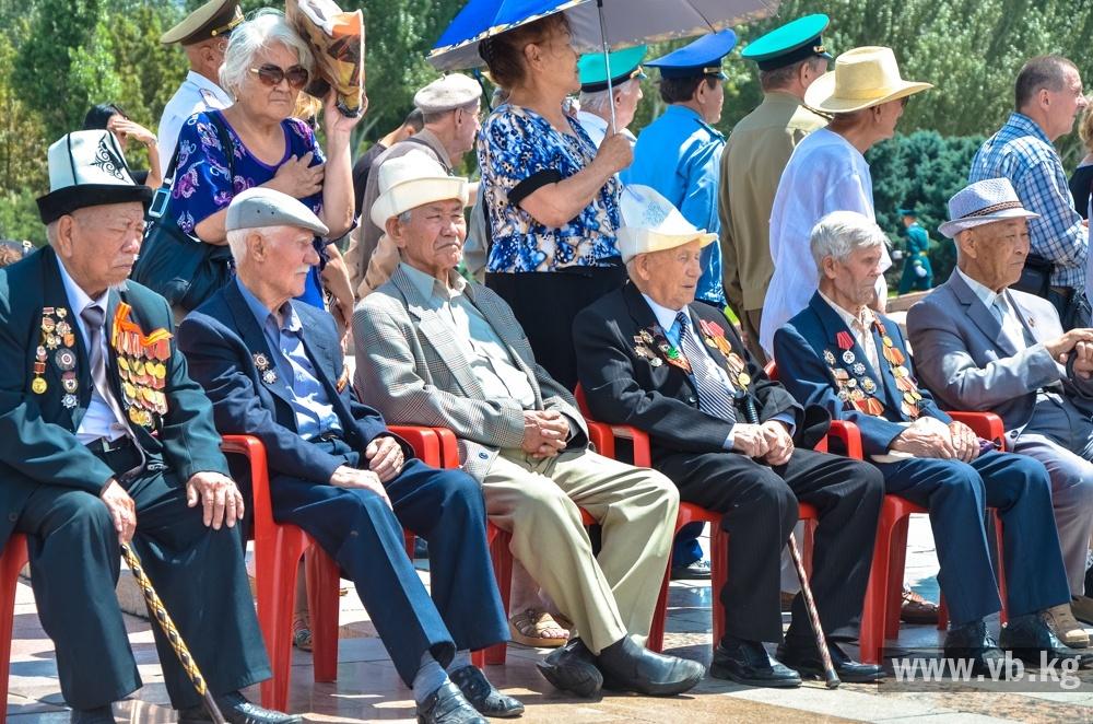 В Бишкеке открыли международный автопробег памяти панфиловцев