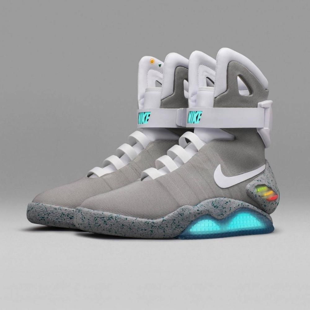 Самошнурующиеся кроссовки Nike из